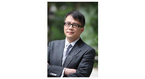 馮蔭長說,主管作為老闆與下屬之間的橋樑,需有敏銳觸覺和優秀溝通能力。