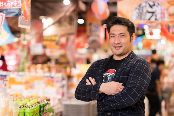 香港代表取締役社長竹內先生稱,香港DON DON DONKI由本地員工構建而成,是一家比日本的DONKI還要好的商店。