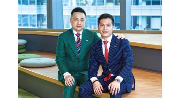 分區總監黃民基Bernard(左)、財富策劃總監譚逸權Tony(右)
