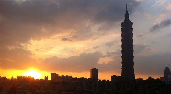 台北101的日落景致